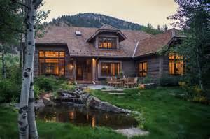 Woodland chalet imbues rustic elegance in idaho s sun valley