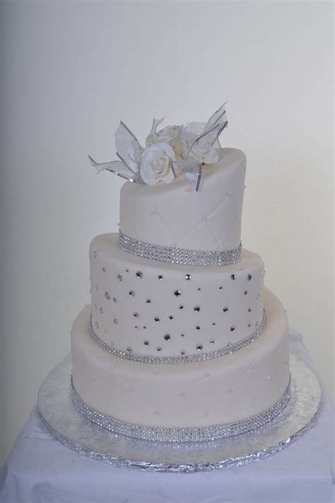 Wedding Cakes With Diamonds   Diamond Wedding Cake