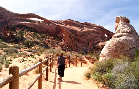 Devils Garden Trail by Hiking Devil S Garden Trail In Arches National Park