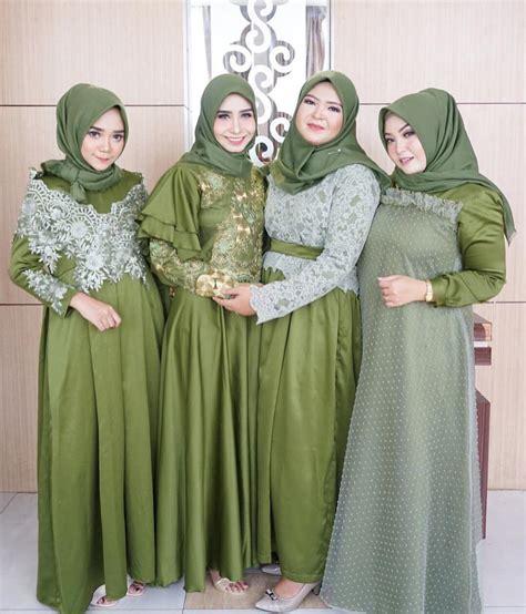Baju Muslim Modern Warna Hijau kebaya muslim kebaya muslim modern berbahan velvet warna hijau lumut dengan jilbab senada 31