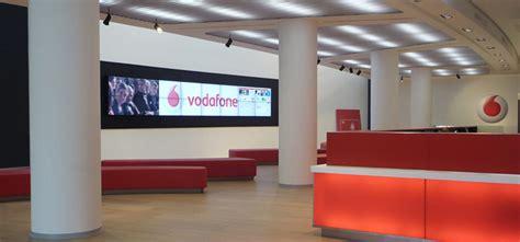 Sede Centrale Vodafone by Der Hauptsitz Vodafone In Mailand Durchgef 252 Hrten