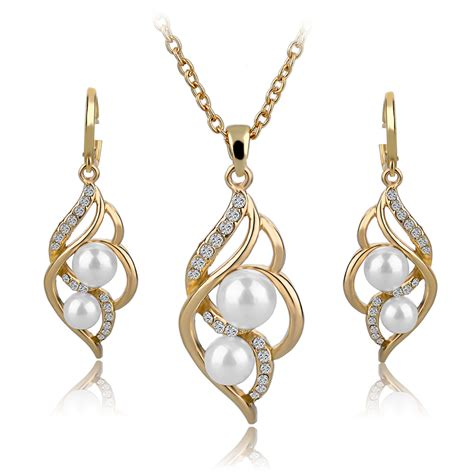 Set Mutiara Simple three times of gold plated fashion inlaid