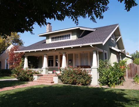 craftsman bungalow house best 25 craftsman front porches ideas on pinterest craftsman homes craftsman style homes and