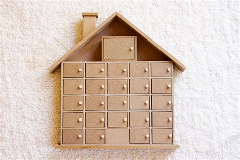 Handmade Wooden Advent Calendar - sparklyvodka diy wooden advent calendar