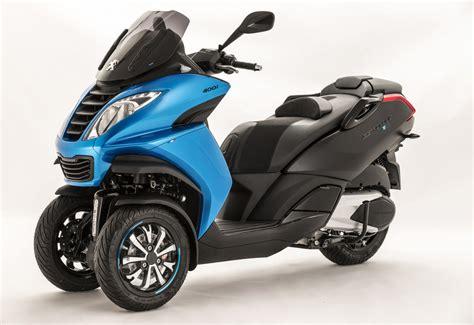 Peugeot Metropolish peugeot metropolis blue line special edition 3 wheeler
