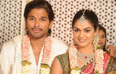 Allu Arjun Engagement Photos :No watermarks | Inka Kavala ...