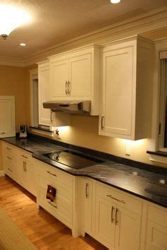 cabinet bump   cooktop kitchen kitchen design