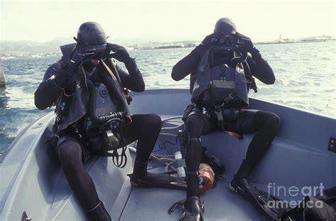navy seals dive image gallery navy seal swim fins