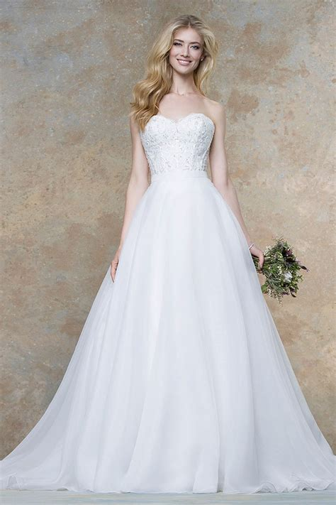 White Rock Wedding Dresses by White Strapless A Line Lace And Tulle Vintage Wedding