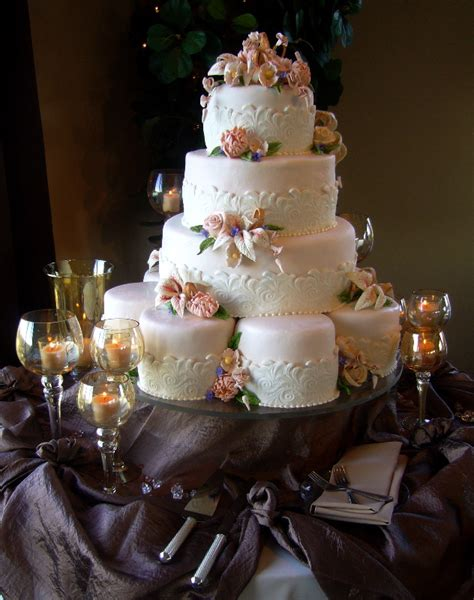 Wedding Cakes Tucson by History Of The Wedding Cake My Tucson Wedding