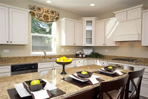 kitchen staging ideas staging ideas for a breakfast bar staged kitchen and