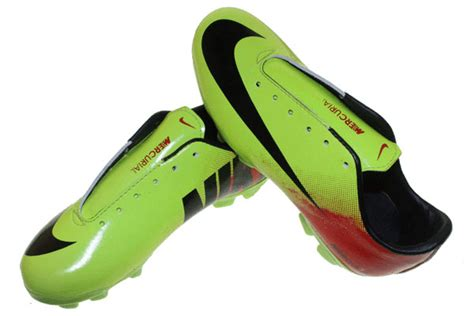 Sepatu Bola Spec Football Original Premium 5 Warna Size 38 44 nike vapor 9 bola anak sepatu olahraga nike adidas