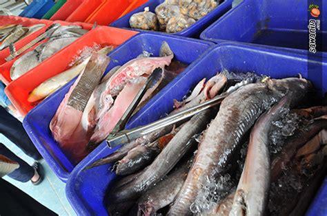 Kalau Baper Makan Dulu aroma ikan bakar pantai jeram sawanila