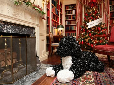 decorating the white house for christmas white house
