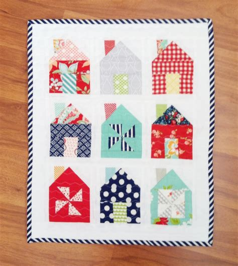 House Quilt Blocks Free by On Trend House Blocks And Quilts 171 Modafabrics