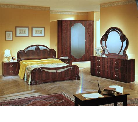 Italian Classic Bedroom Furniture Dreamfurniture Melania Italian Classic 5pc Bedroom Set