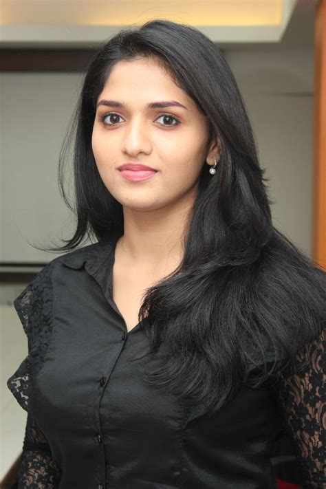 what is the name of the actress in the vigra comercials telugu cinema sunaina hot photos in black dress