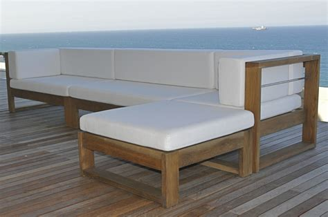 Furniture Fascinating Wood Patio Design Inspiration With Designer Patio Furniture