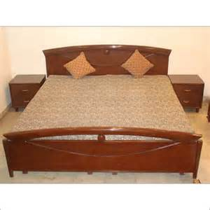 Wooden Double Bed Indian Style Wooden Bed In Punchkuian Road New Delhi Neelam