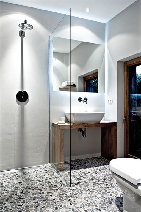 winzige badezimmer dekorieren ideen tipps f 252 r badezimmer im mini format tiny houses