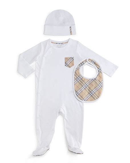 Burberry Pajamas 2 Set burberry boys maximilian layette set white size 3 18