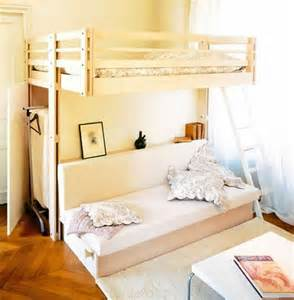 space saver ideas for small bedrooms 28 camas literas y en tapanco para espacios peque 241 os