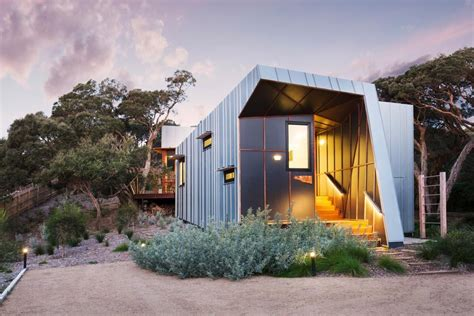 small beach homes small beach house design w zinc cladding in mornington