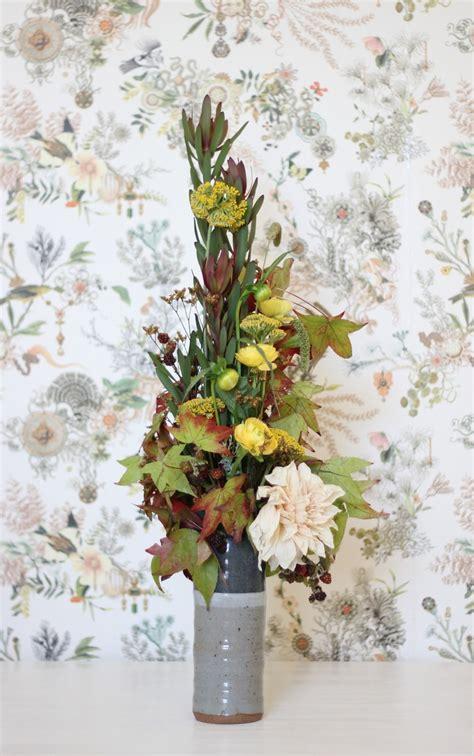 flower design vertical 10 best images about vertical arrangements on pinterest