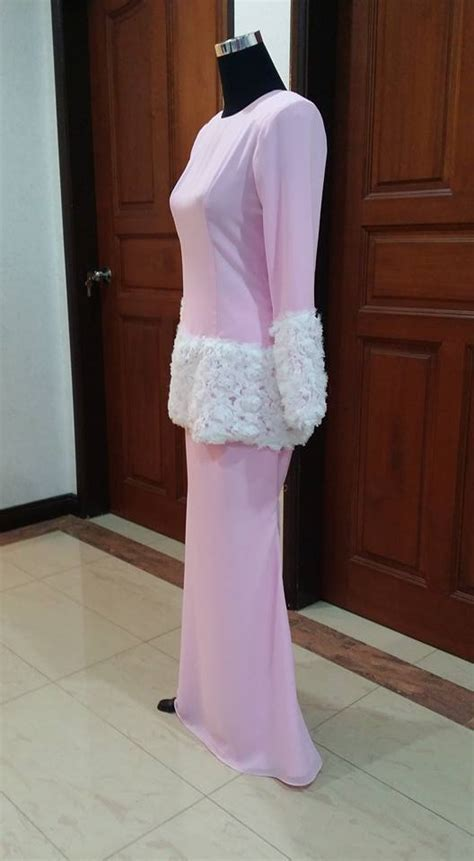 Mimpi Pakai Baju Kebaya Pink china doll baju kurung moden pink for sale