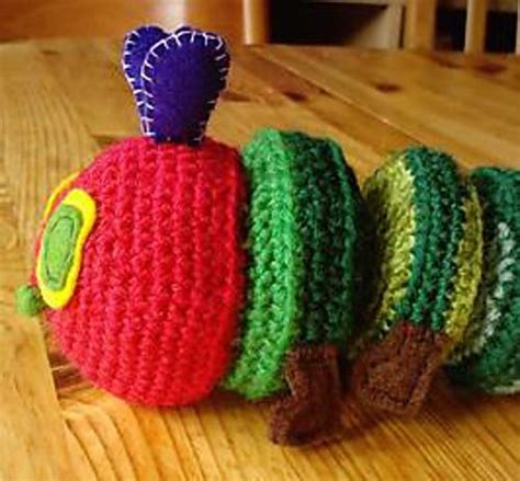 crochet pattern very hungry caterpillar very hungry catterpillar pattern by elizabeth lowe