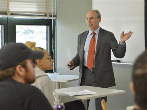 Oswego Mba Cost by Distinguished Professor At Downstate Enrolls
