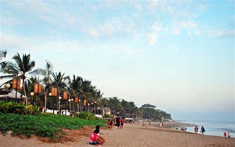 pesona menawan keindahan spot wisata pantai  seminyak