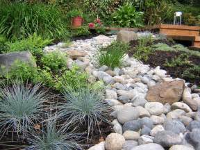 River Rock Garden Gravel Types For A Rockin Landscape