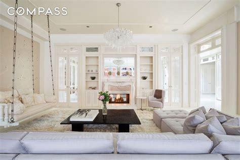 Gwyneth Paltrow Backtracks Ny Home Sale inside gwyneth paltrow s ethereal tribeca loft now
