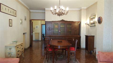 Affittasi Appartamenti Rimini by Affittasi Camere Appartamento Rimini 100 Mt Dall