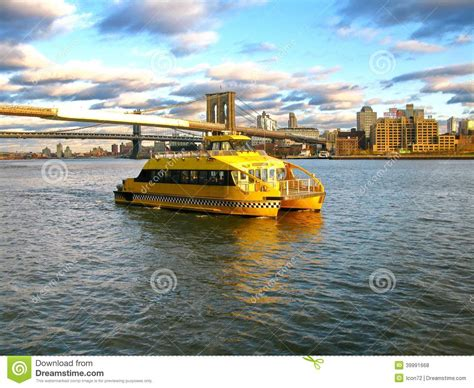 boat rides nyc south street seaport water taxi and brooklyn bridge seen from pier 17 at