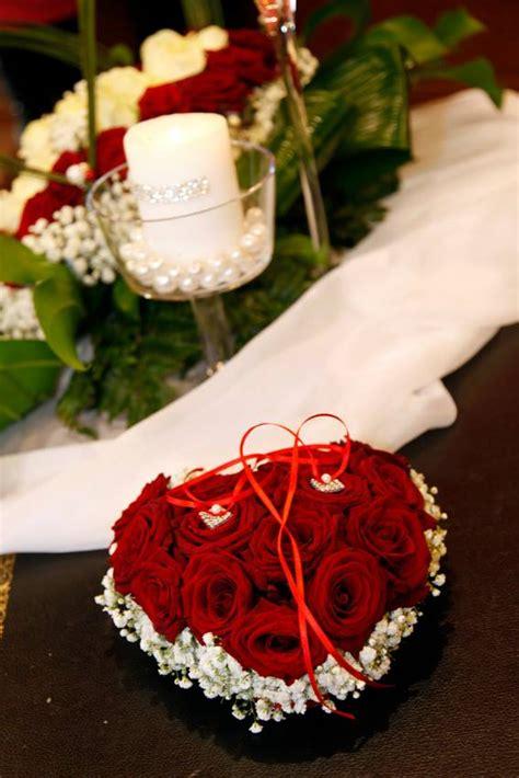 cuscino fedi fiori portafedi matrimonio