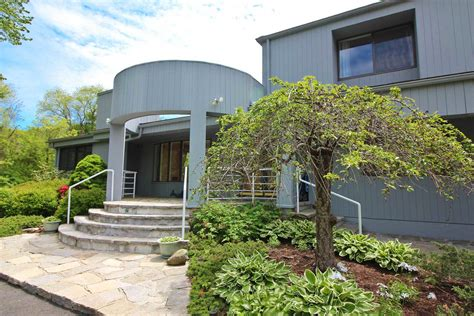 houses for sale in wilton ct contemporary homes for sale in wilton ct find and buy modern houses dagny s real estate
