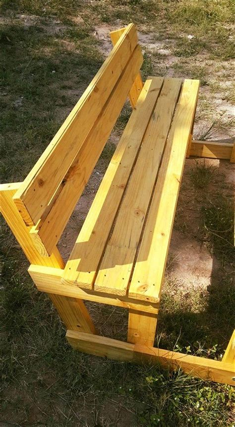 pallet picnic bench pallet picnic table and benches 99 pallets