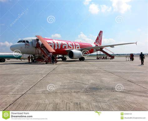 airasia kuala lumpur airasia plane at klia airport editorial stock image