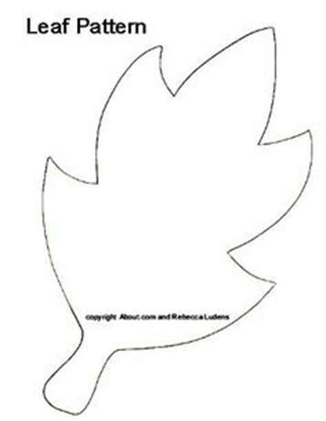 printable leaf crown birch leaf pattern use the printable outline for crafts