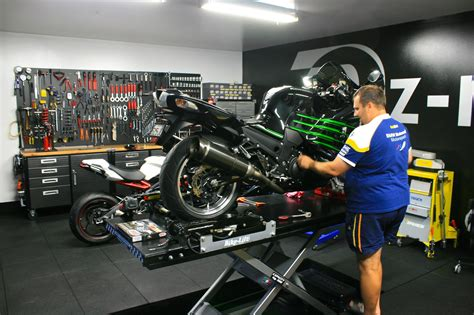 Is non dealer bike servicing risky?   Motorbike Writer