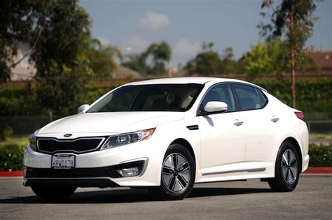 Kia Senata Hyundai Kia Delaying And Updating New Sonata Optima Hybrids