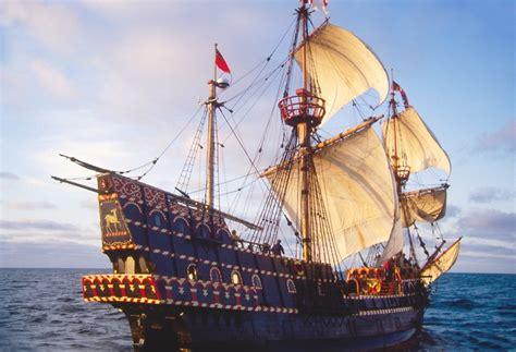 sailing spanish meaning the golden hind sir francis drake s historic sailing ship