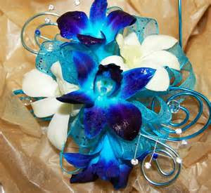 corsage colors all of your prom corsage and boutonniere questions answered