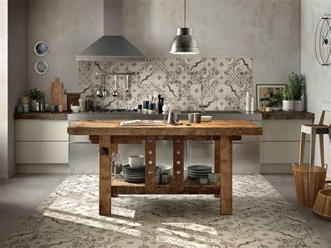 decori per cucina rivestimento cucina smaltato maiolica decorata epoque