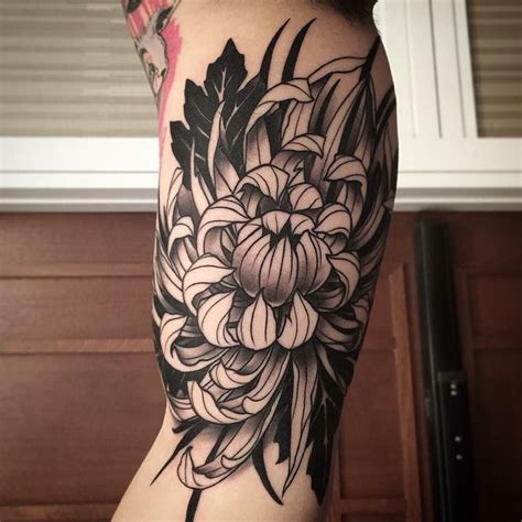 chrysanthemum tattoo 34 chrysanthemum designs amazing ideas