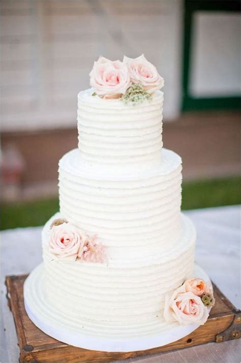 Wedding Cakes Prices by How To Save Money On Your Wedding Cake