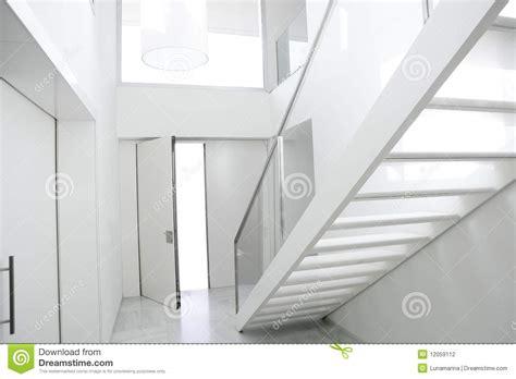 Maison Home Interiors entr 233 e blanche d architecture d escalier int 233 rieur 224 la