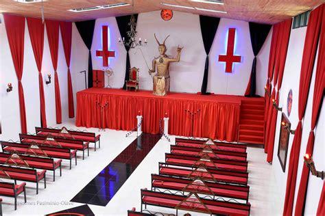 imagenes de iglesias satanicas iglesia satanica imagenes impactantes taringa
